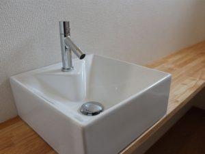 1階トイレの手洗い場です